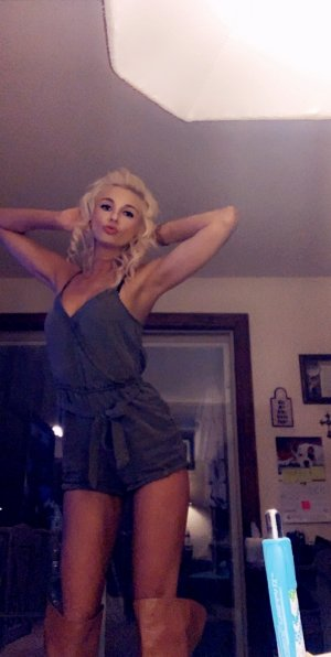Malicka escort girls in Hopkinsville, happy ending massage