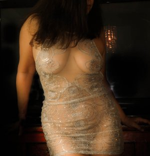 Azucena escort girls in Evanston IL, massage parlor